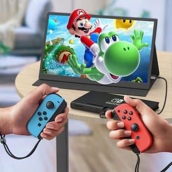 Juega con tu Nintendo Switch u otra videoconsola en tu pantalla portátil.